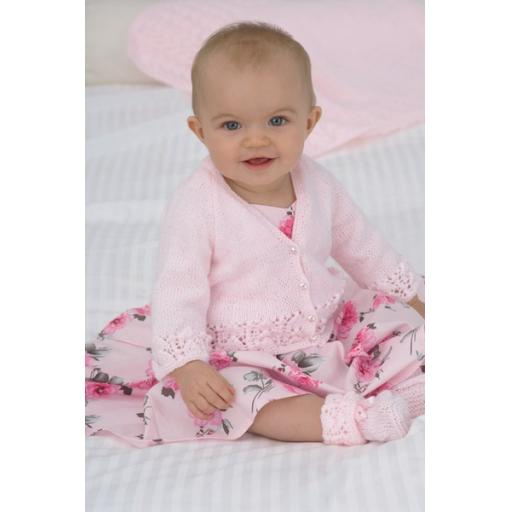 Sirdar 1706: Cardigan with matching helmet, booties, mitts and blanket